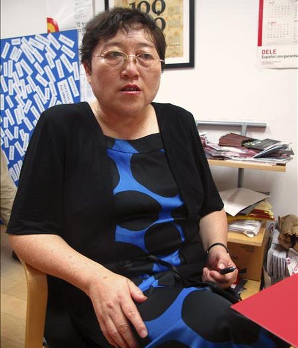 Li Yinhe es la sexóloga más famosa y controvertida de China, abanderada desde hace años de la legalización de los matrimonios gays en un país donde aún se discrimina a este colectivo, y defensora de las orgías y otras formas de sexualidad poco convencionales. EFE