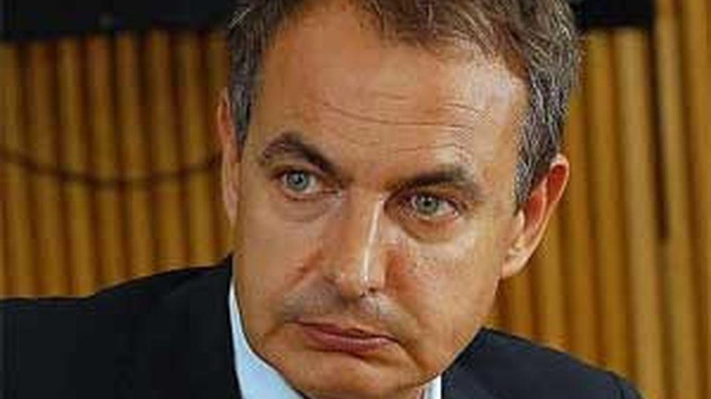 Zapatero pide a los bancos que den créditos. Vídeo: ATLAS