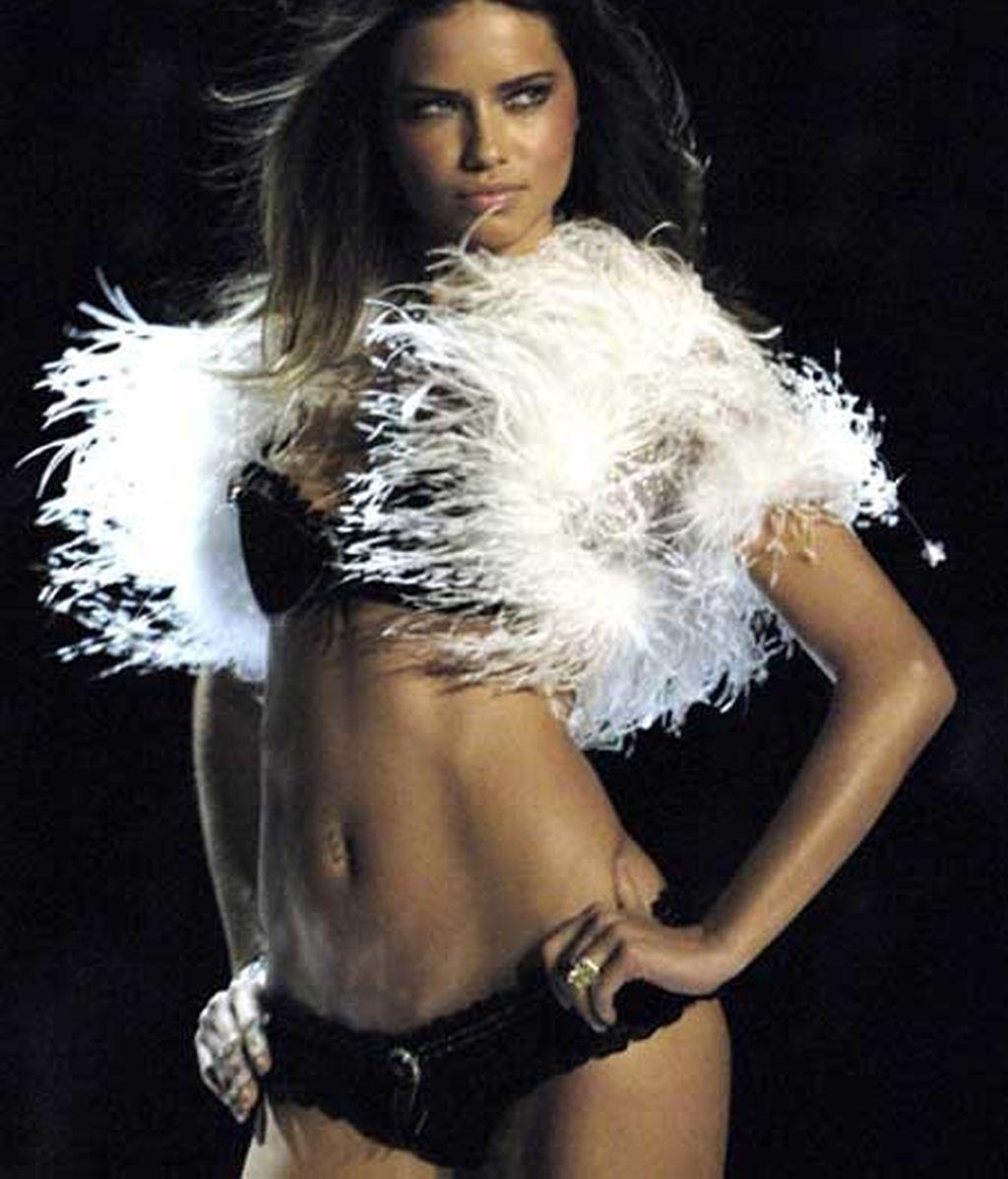 Adriana Lima, impresionante número 2