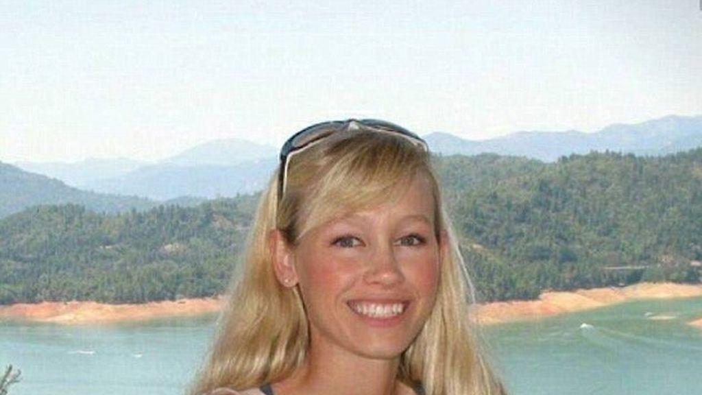 Temen que la desaparición de una joven a plena luz del día sea un secuestro