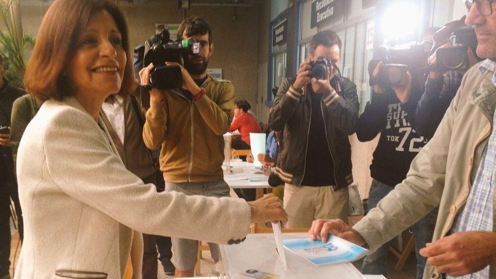 Cristina Losada , candidata de Ciudadanos a la Xunta, ya ha votado