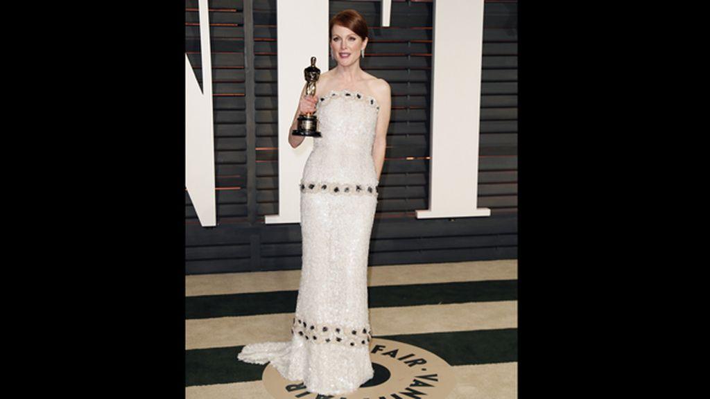 La actriz Juliane Moore, premiada mejor actriz por 'Siempre Alice'