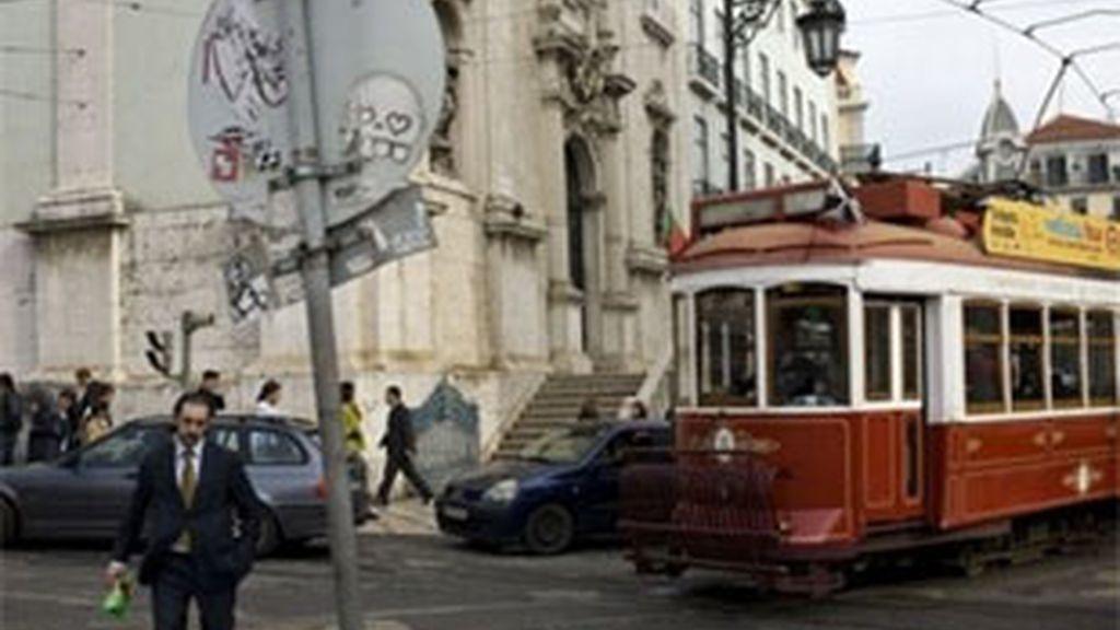 Europa estaría presionando a Portugal para que acepte el rescate. Foto: AP.