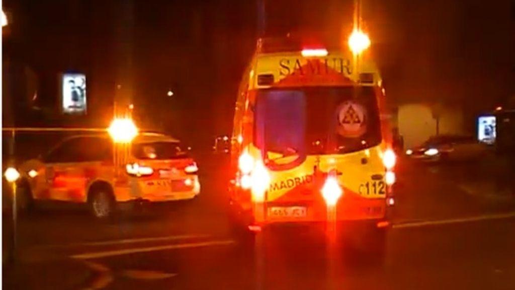 Herido grave al caer del techo de un taxi en marcha en Madrid