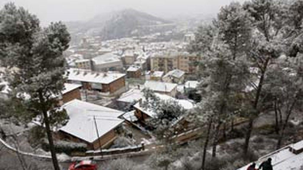 Menos nieve, aunque sigue el frío. Video: Informativos Telecinco