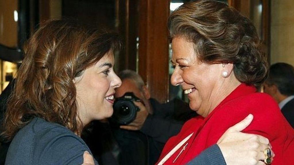 Soraya Sáenz de Santamaría y Rita Barberá