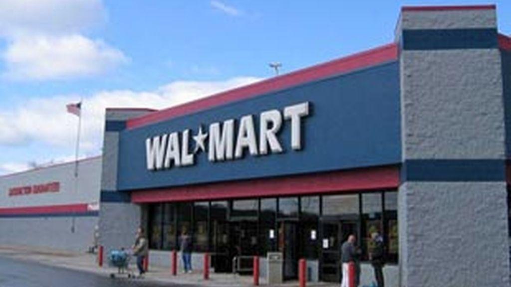 Wal Mart ha pedido disculpas a sus clientes después de que por megafonía se pidiera a los negros que salieran de la tienda.