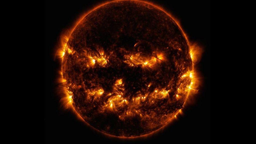 El Sol se suma a Halloween con la apariencia de una linterna de calabaza