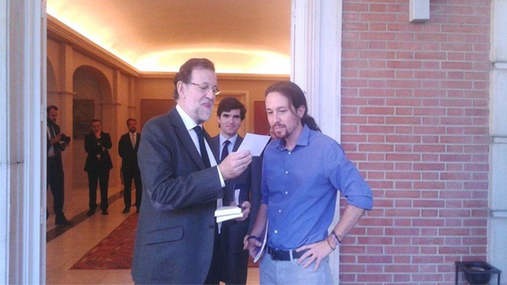 El secretario general de Podemos, Pablo Iglesias, se reúne con Mariano Rajoy