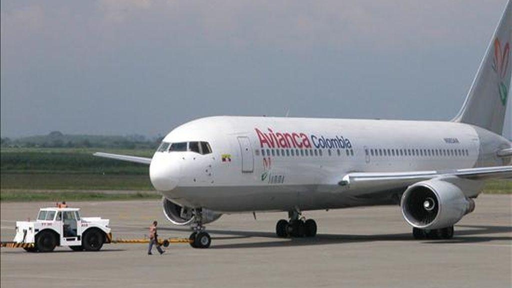 Un avión de la empresa colombiana Avianca. EFE/Archivo