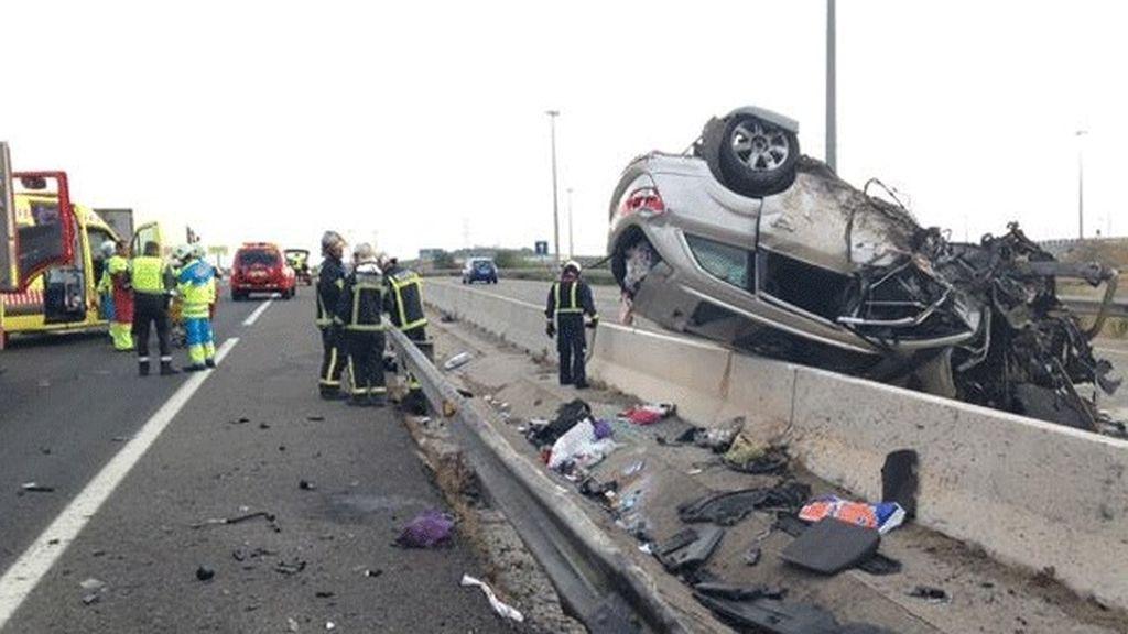 Muere una persona por una colisión frontal entre dos vehículos a la altura de Pinto