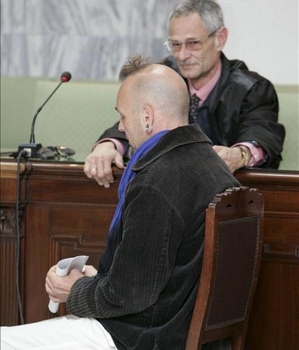 El grancanario Juan Carmelo Santana, de 42 años, durante el juicio en la Audiencia Provincial de Las Palmas. EFE/Archivo