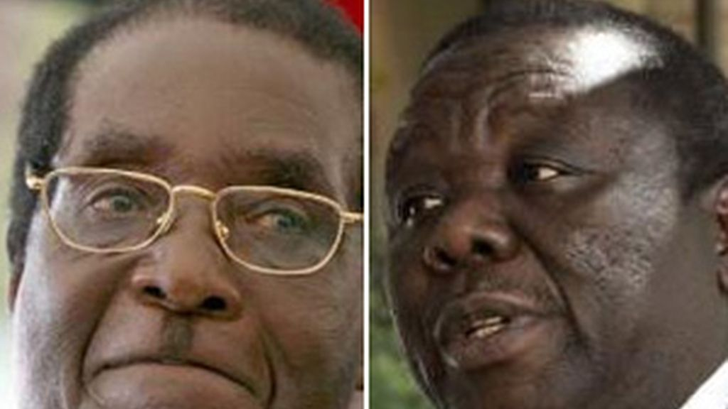 Mugabe y Tsvangirai, en una imagen de archivo. Foto: EFE.
