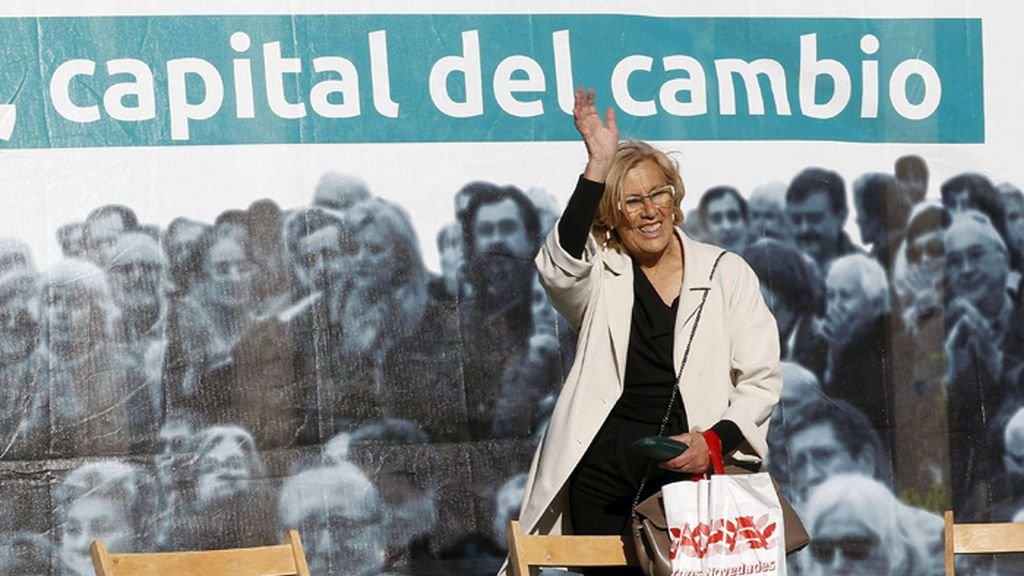 Mitin de Manuela Carmela en Usera (Madrid)