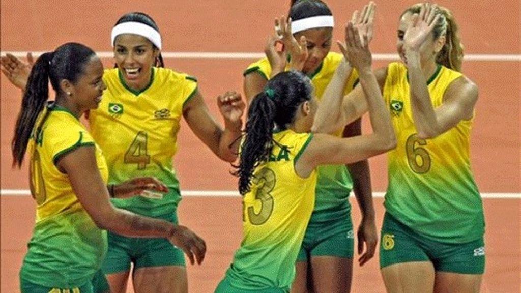0-3. Brasil salió, jugó y venció a Serbia