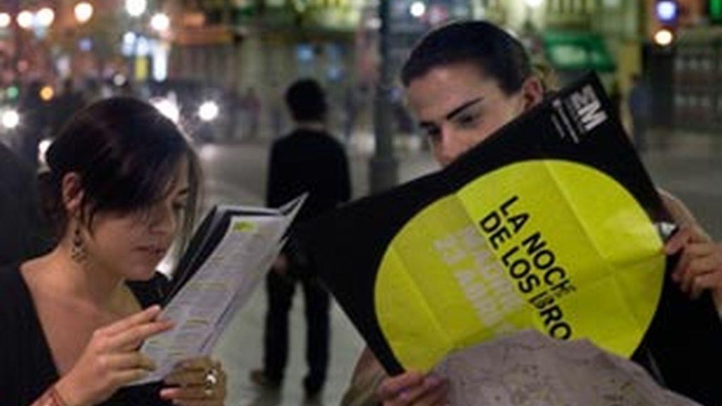 La noche de los libros se celebra hoy en Madri por quinto año consecutivo.