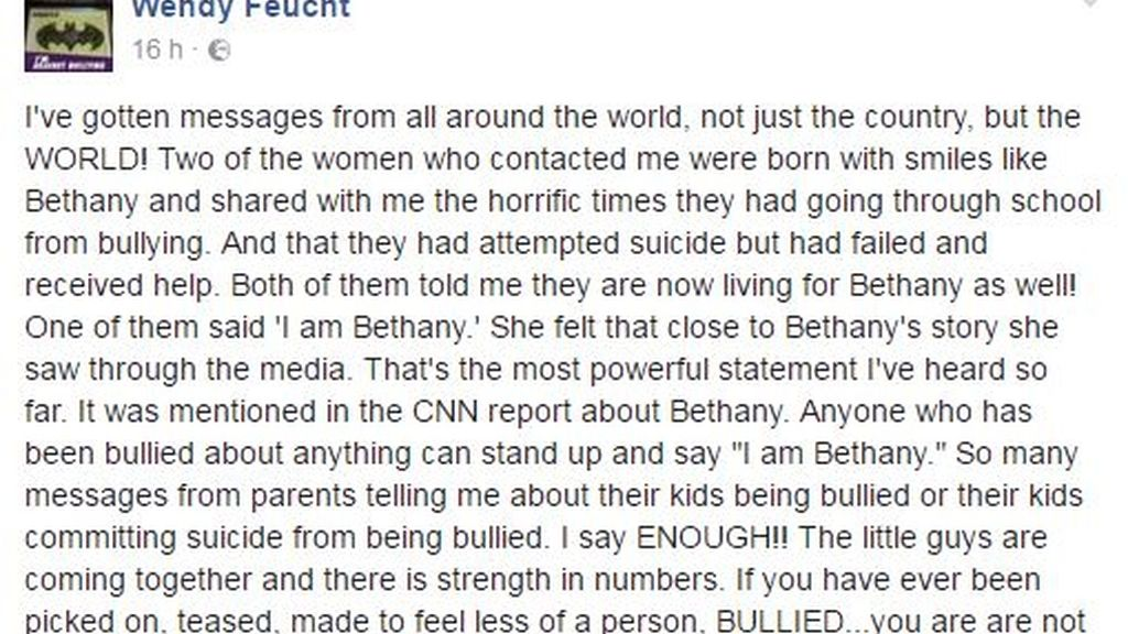 La madre de la niña que se ha suicidado por bullying agradece el apoyo