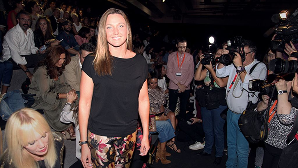 Melani Costa fue otra de las invitadas estrella en el desfile de Juanjo Oliva
