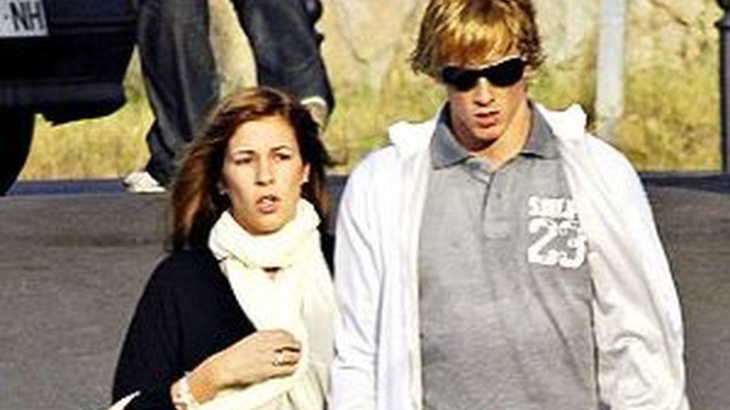 Torres, junto a su novia. Foto: El Correo Gallego