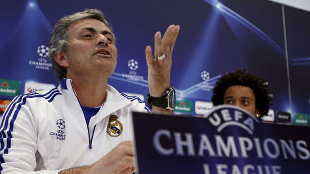 Mourinho se acordó de Pep Guardiola en rueda de prensa. Foto: EFE