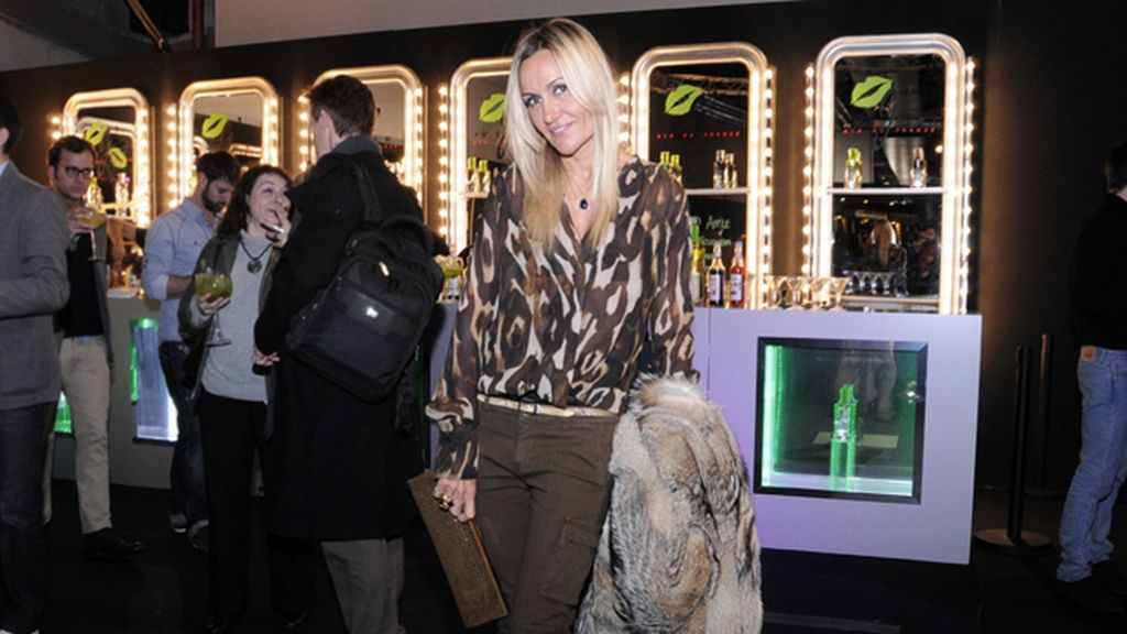 Clara Courel acudió con una blusa animal print de Roberto Verino