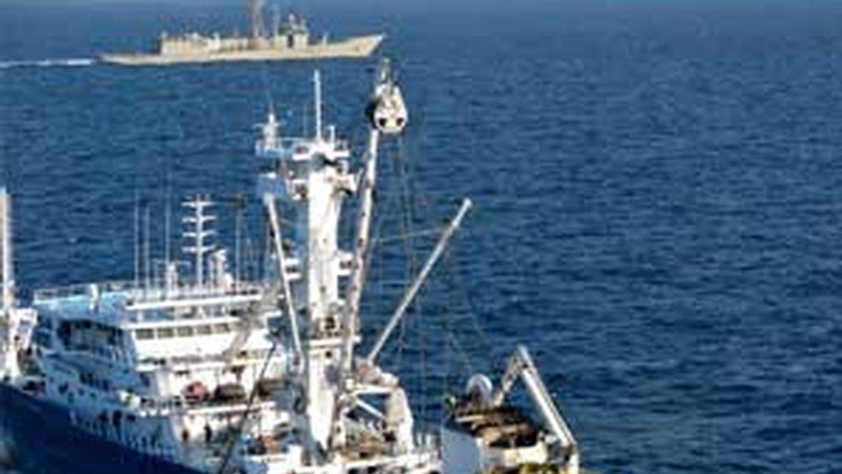 Los marineros del atunero vasco fueron liberados tras 47 días de cautiverio.