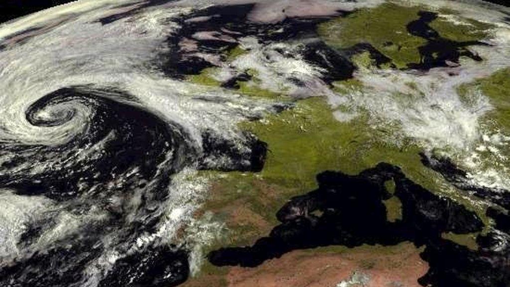 Fotografía tomada por el satélite Meteosat para la Agencia Estatal de Meteorología (Aemet). EFE