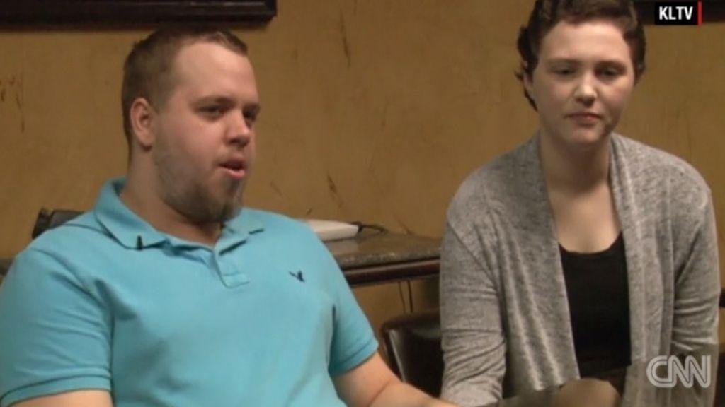 Un hombre golpea al 'ex' de su novia y es condenado a casarse con ella o a ir a la cárcel