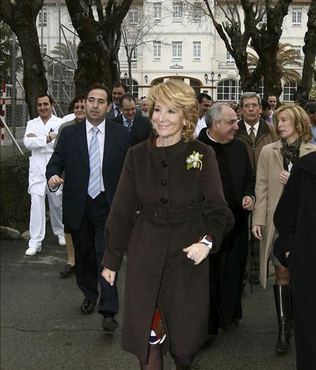 La presidenta de la Comunidad de Madrid, Esperanza Aguirre, durante la inauguración de la nueva unidad terapéutica del centro de Salud Mental existente en Ciempozuelos. EFE