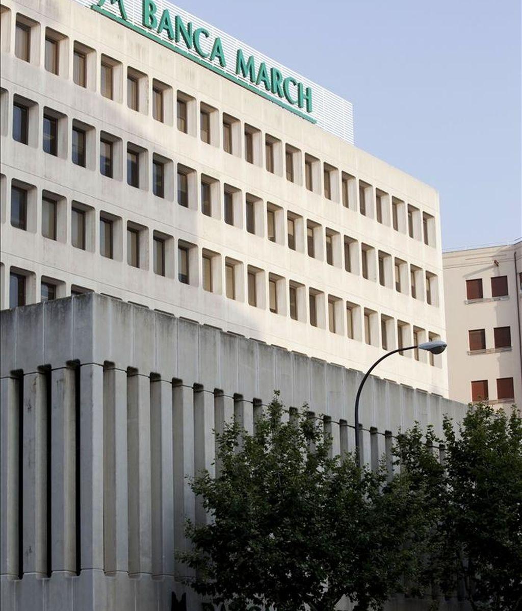 Banca March ganó 59 millones de euros hasta marzo, un 71 % más que el año pasado, si bien el beneficio bancario registrado se ha reducido en un 14,9 %, informó hoy el banco a la Comisión Nacional del Mercado de Valores. EFE/Archivo