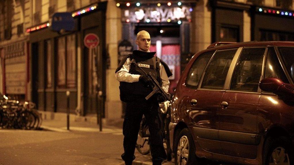 Varios ataques simultáneos en el centro de París
