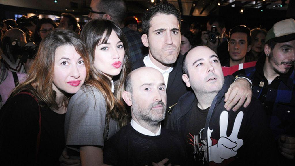 """""""Los amantes pasajeros"""" de Pedro Almodóvar nos hicieron pasar un rato muy divertido en el kissing room"""