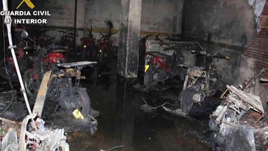 Quema quince motos de la pizzería que había despedido a su novia en Alicante
