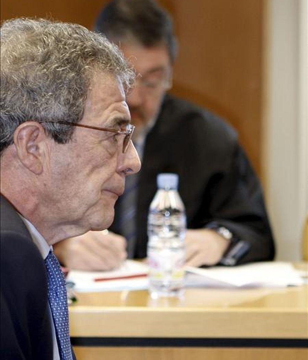 El presidente de Telefónica, César Alierta, durante el juicio oral por el caso Tabacalera, después de que la Sección 17 de la Audiencia Provincial de Madrid haya decidido reanudar el juicio. EFE