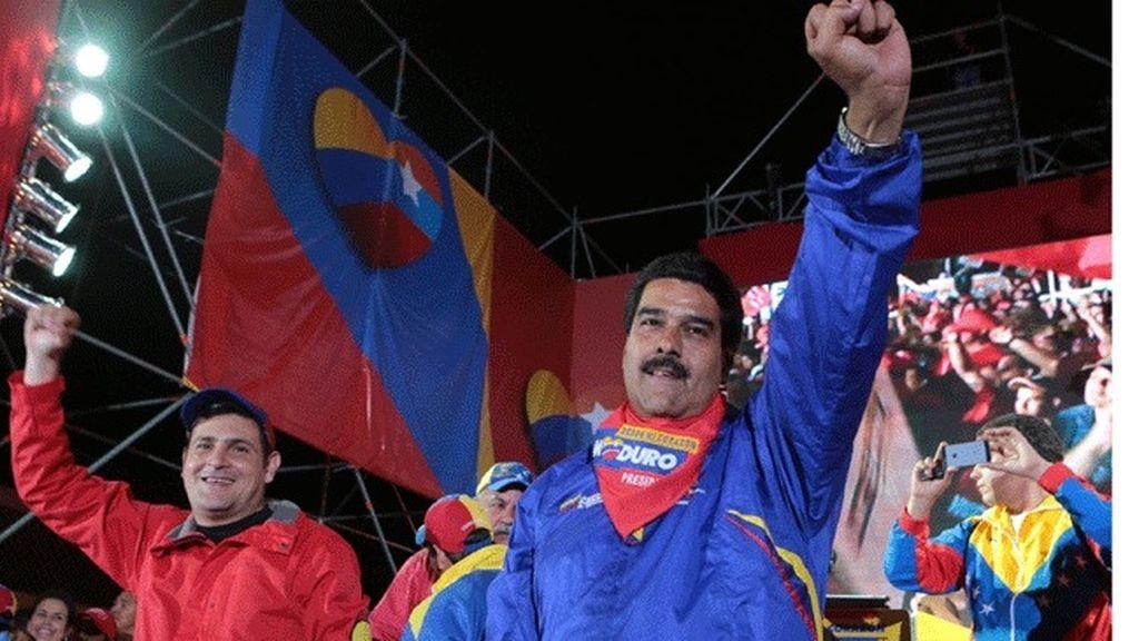 """Maduro acusa a la """"burguesía"""" de no respetar su """"espiritualidad"""""""