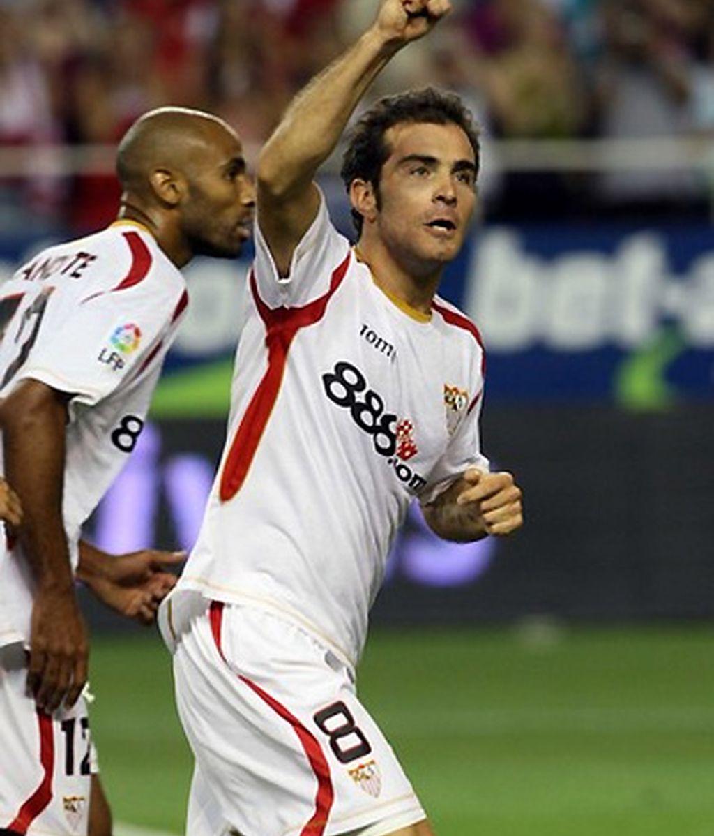 Maresca celebra un gol durante su etapa como sevillista. FOTO: Archivo.