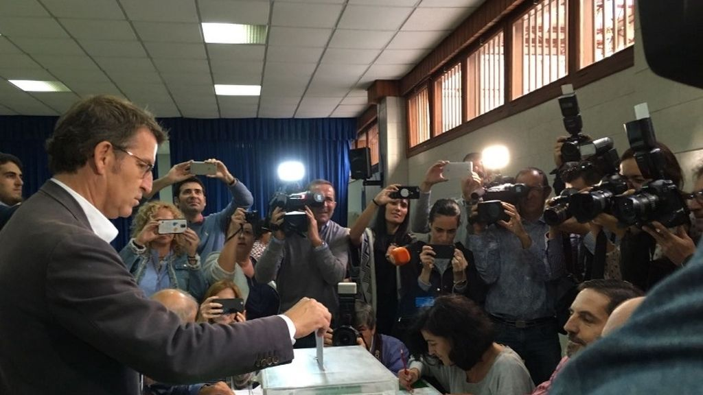 Alberto Feijóo, PP, ha votado a las 12.30 horas la mañana