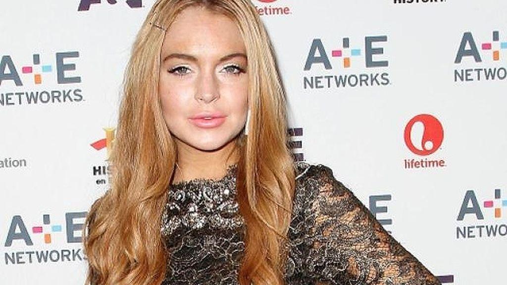 Lindsay Lohan vende su ropa para pagar las deudas