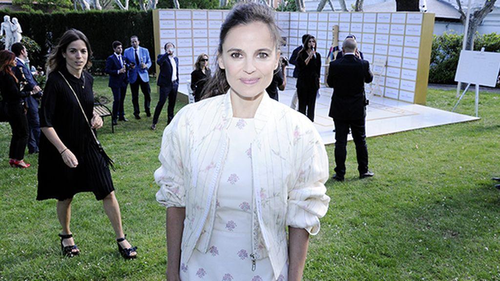 Elena Anaya, dispuesta a demostrar sus cualidades como tenista enfundada en su total look de Dior