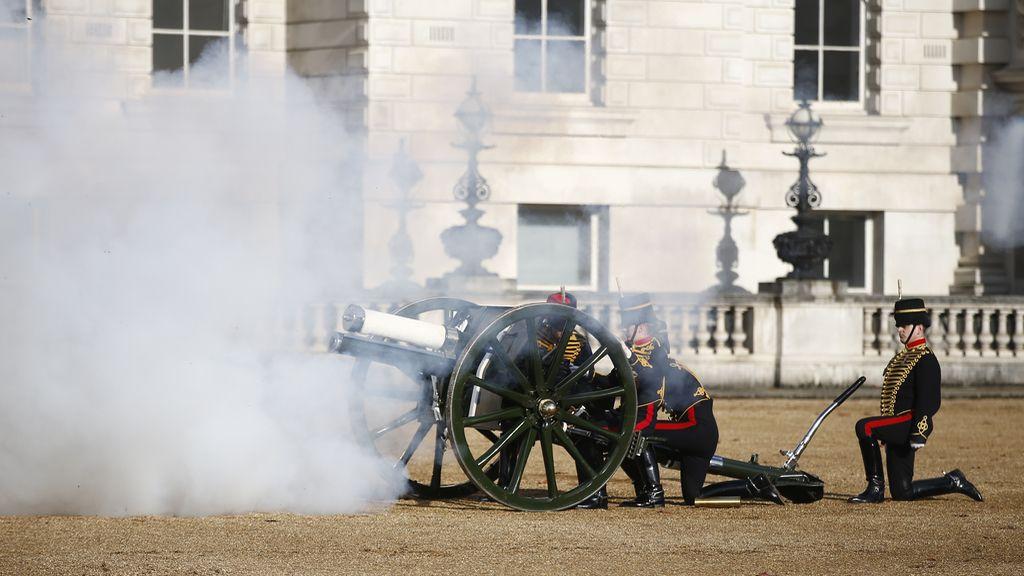 Los cañones no pasan de moda