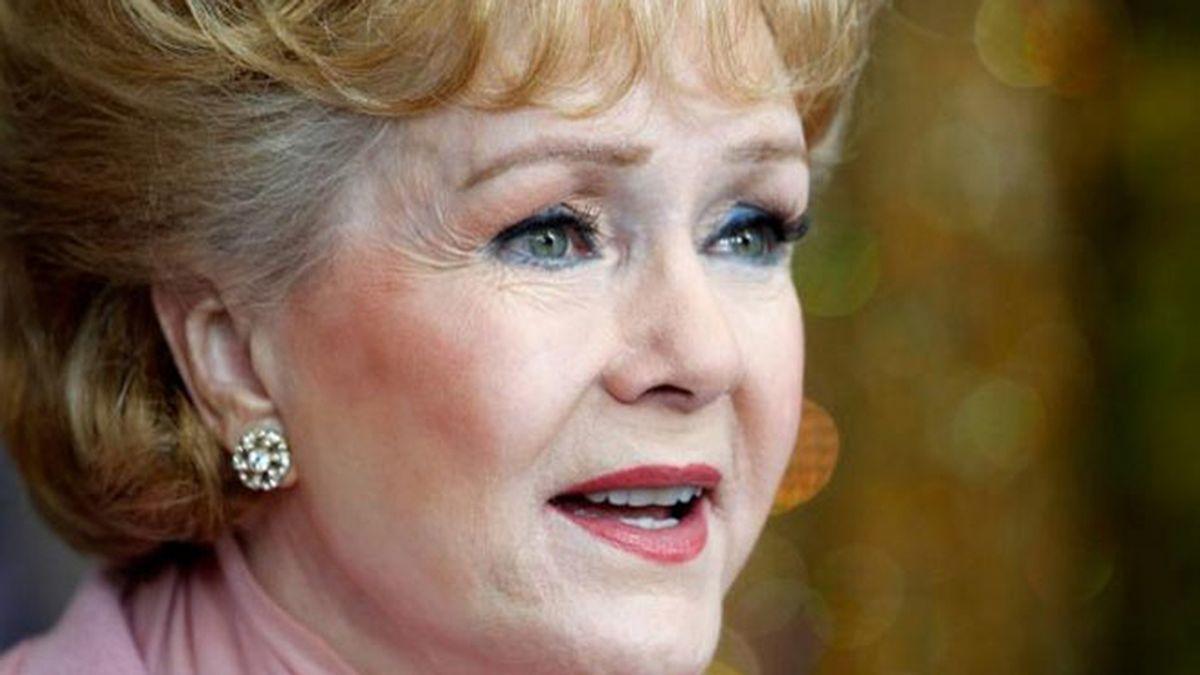Muere Debbie Reynolds, estrella de 'Cantando bajo la lluvia' (28 de diciembre)