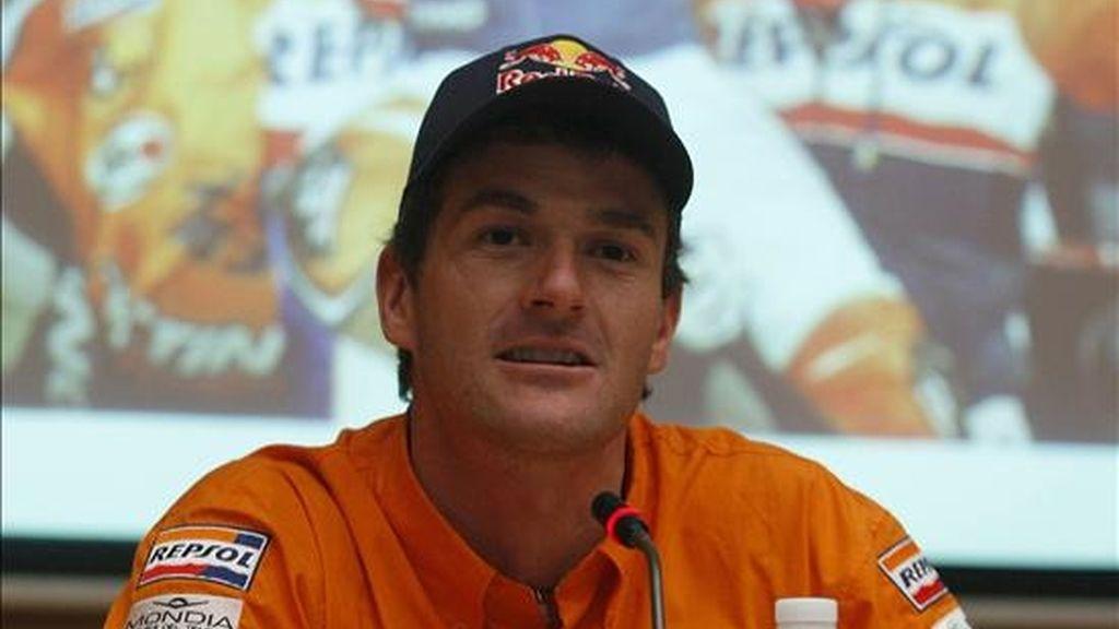 Marc Coma (KTM) se adjudicó la victoria final en el Rally de Abu Dhabi. En la imagen, Coma durante una rueda de prensa. EFE/Archivo