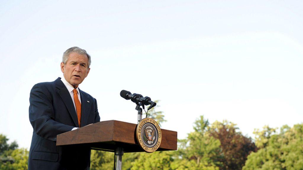 George Bush ha pronunciado un discurso en la Casa Blanca antes de partir hacia Europa. FOTO: EFE