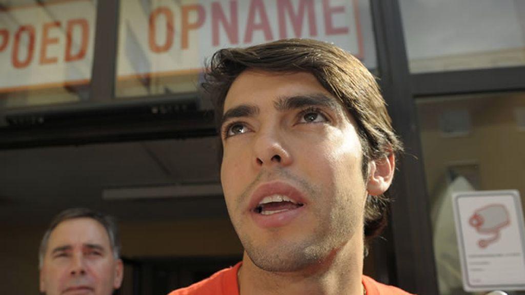 Kaká se tratará en Brasil
