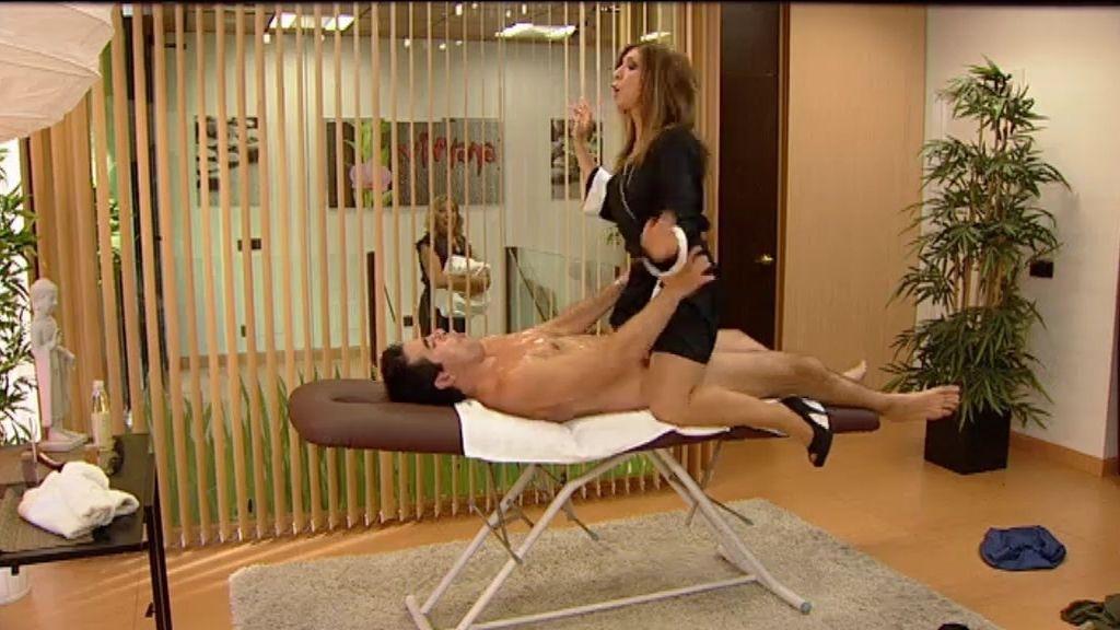 Los Cuquis disfrutan de la sala de masaje