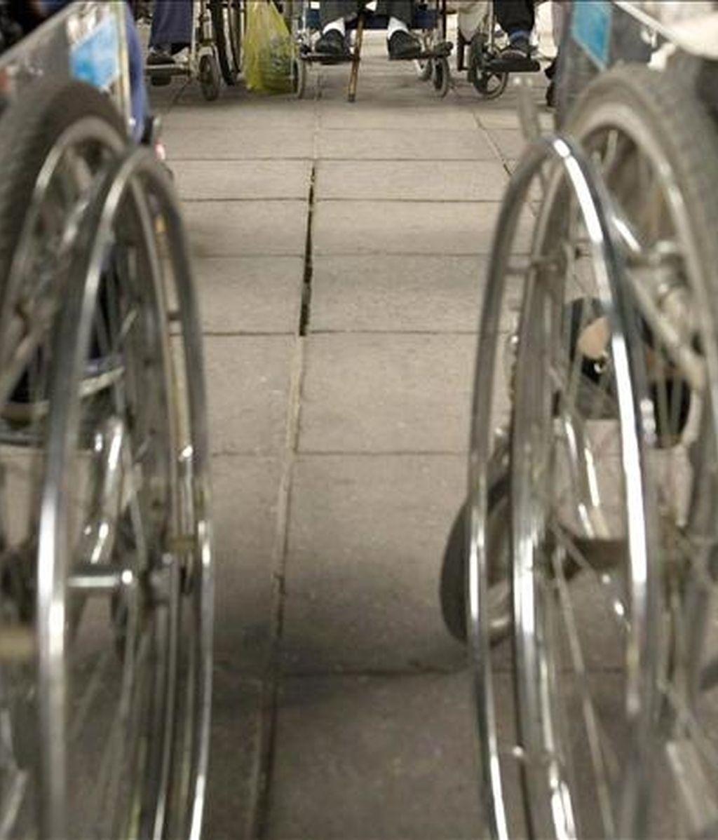Varias personas en silla de ruedas. EFE/Archivo