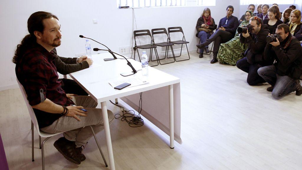"""Iglesias se muestra """"orgulloso"""" de Espinar y Maestre y dice que ambos son """"imprescindibles"""""""