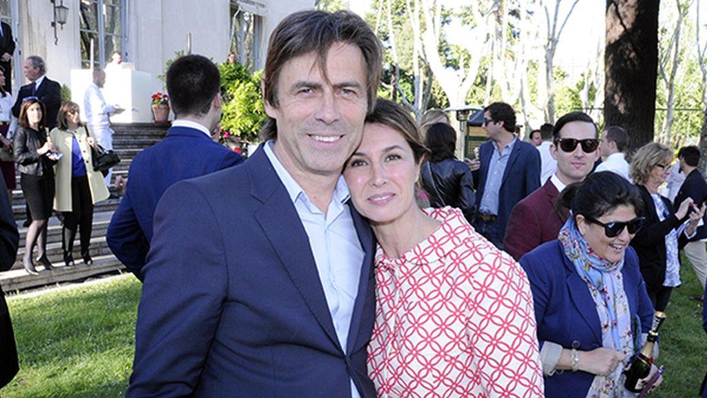 Ana García Siñeriz y su marido, Gauthier Peyrouzet