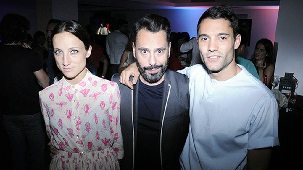 Raquel Sánchez, Juanjo Oliva y Marco Llorente, que tmabién pinchó en la fiesta