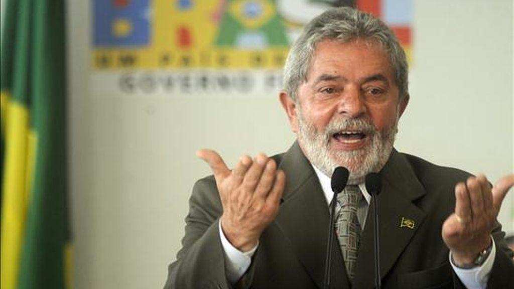 Imagen de este lunes del presidente brasileño, Luiz Inácio Lula da Silva, durante su intervención en el Segundo Pacto de Reforma de la Justicia en Brasilia, en el que prometió fortalecer el mercado interno. EFE